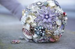 instructables-wedding-brooch-bouquet-by-bamseline