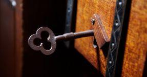 bedroom-keys