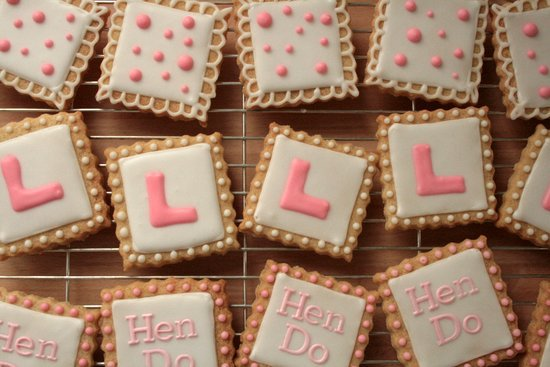 hen-do-l-plate-cookies