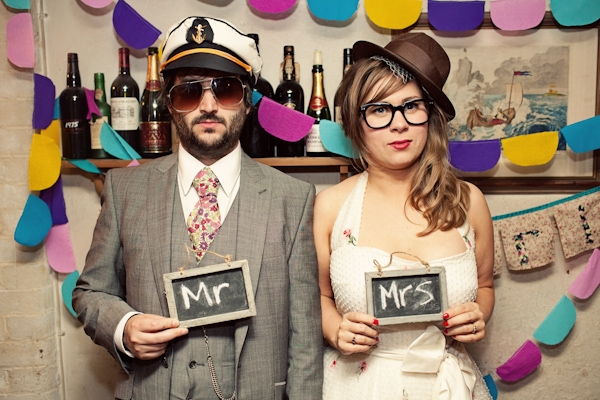 27 cute and quirky wedding photos to recreate � the