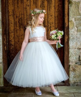 flowergirl-jemima-tutu-dress-handmade-via-sue-hill-childrenswear