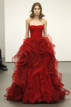 dress-vera-wang-runway-collection-crimsom-red-photo-by-peter-michael-dills