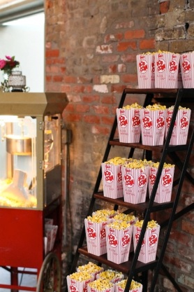 wedding-popcorn-photo-by-troy-grover-photographers
